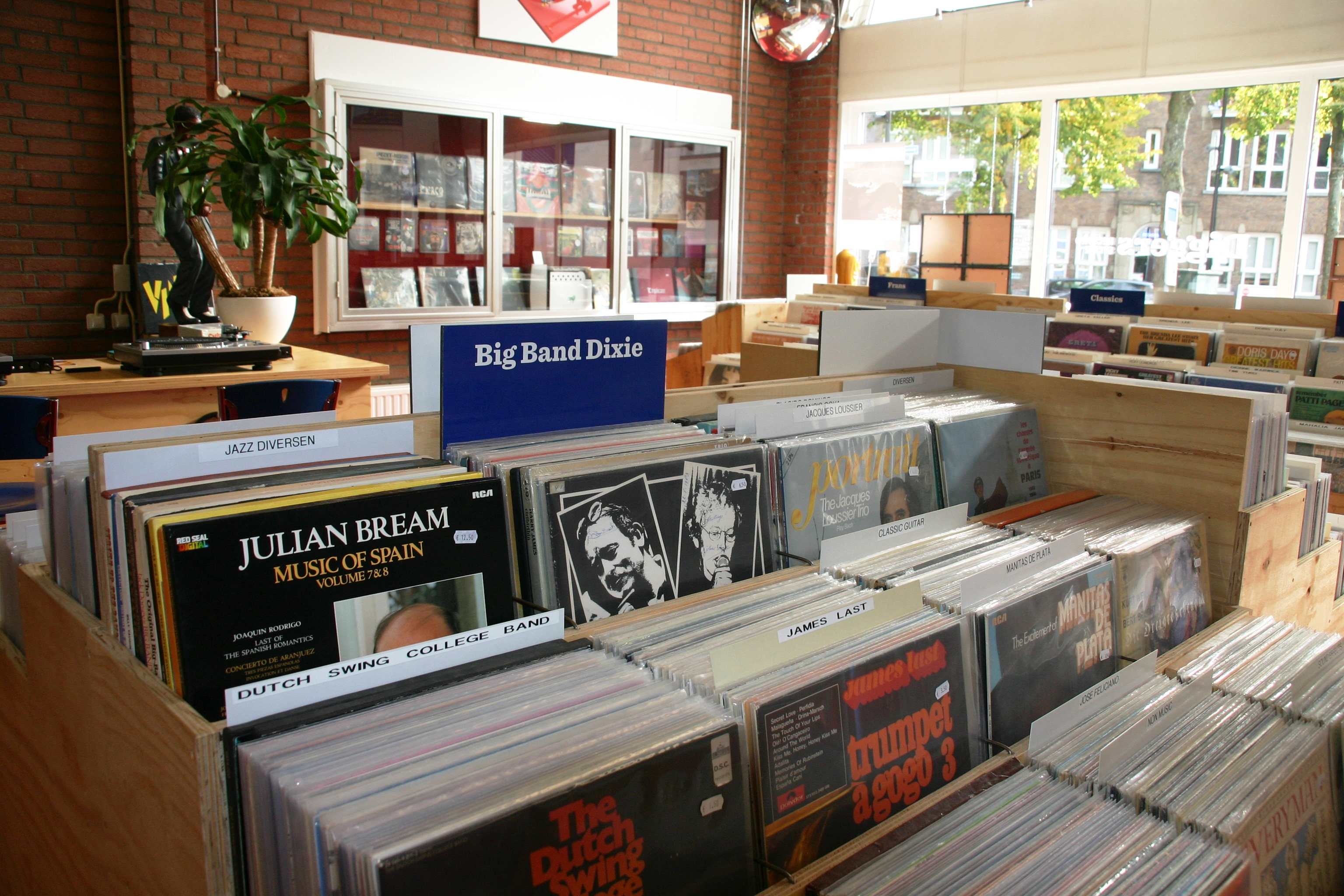 Diggers_record_store_GN_2017014