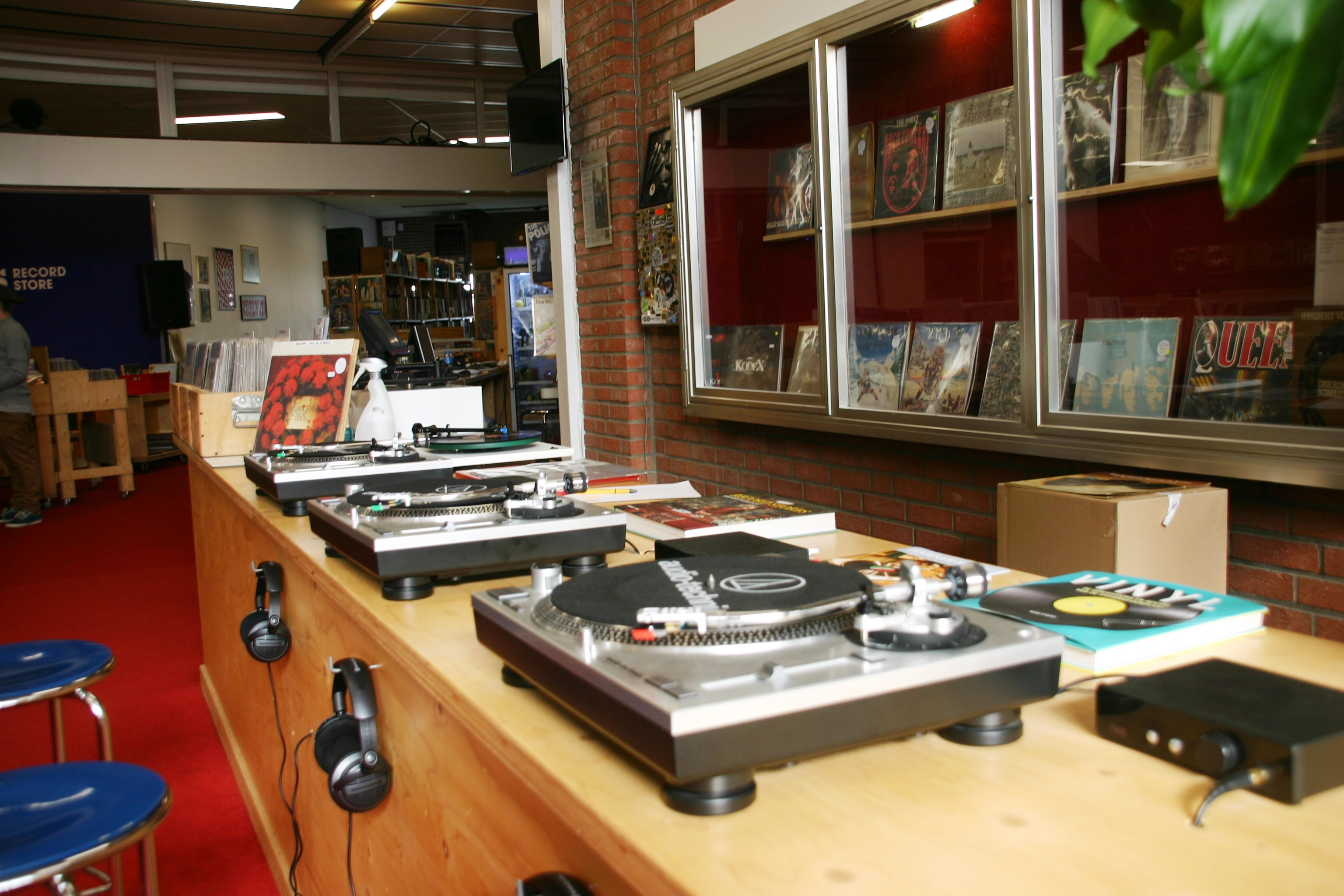 Diggers_record_store_GN_2017017