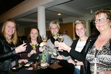 Goirlenet_Ladies_Night_De_Nieuwe_Burcht_18_14
